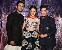 How to become a Clothing Designer in Bollywood